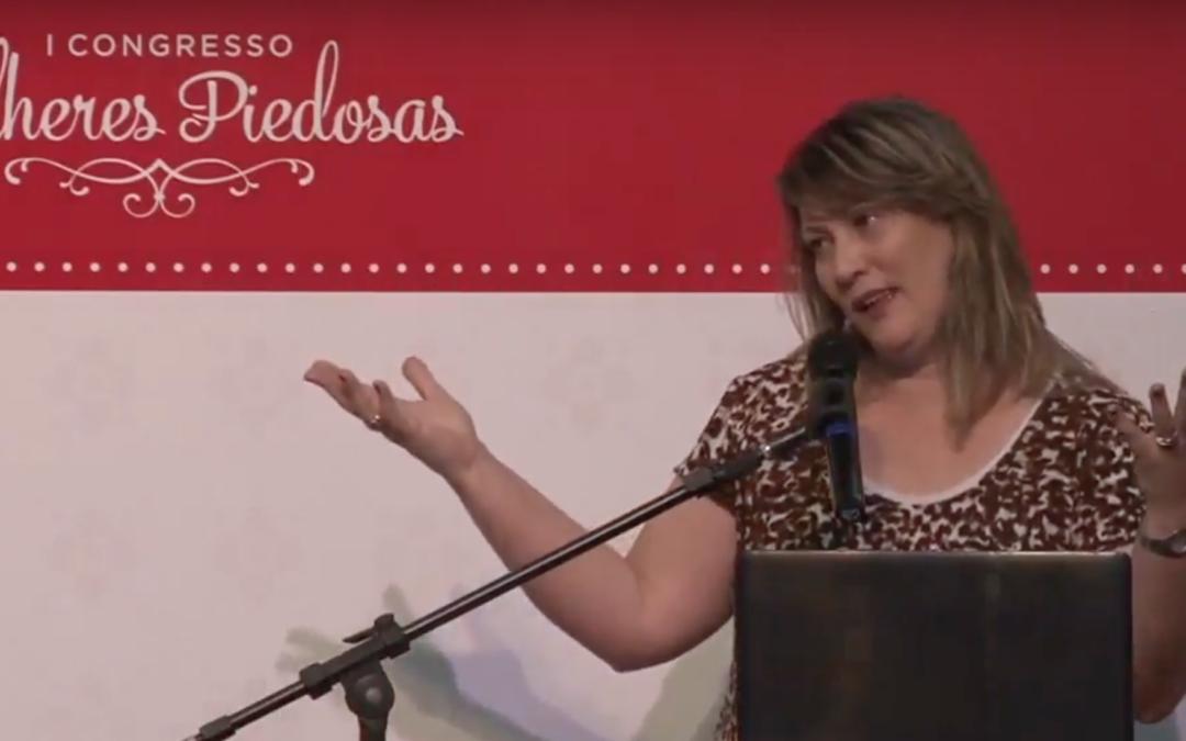"""[I Congresso MP] Palestra: """"Boas Donas de Casa"""" – Tito 2:5 por Simone Quaresma"""