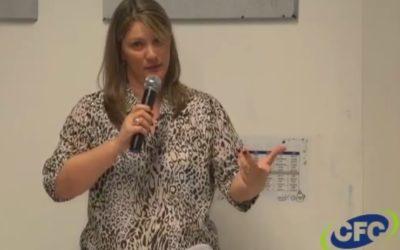 """[Fica a Dica] """"Escola de Pais – Espaços Virtuais, quais são os seus valores?"""" por Simone Quaresma"""