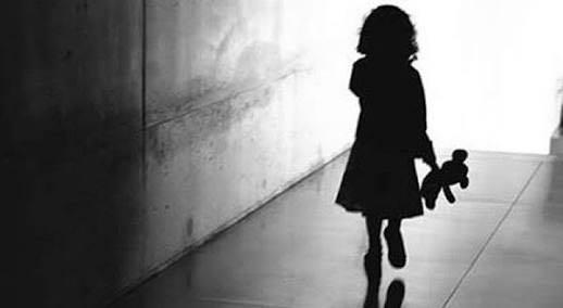 """""""A morte: ensinando às crianças"""" por Simone Quaresma"""