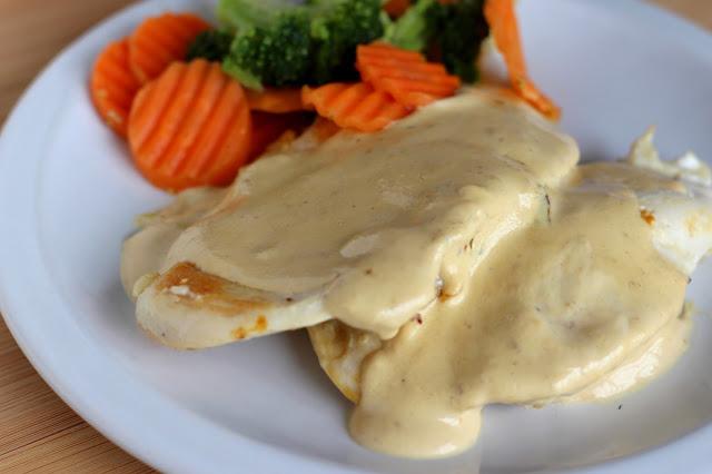 [Mulheres Prendadas] Filé de frango ao molho de mostarda