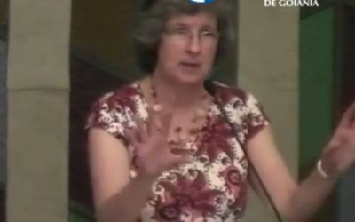 """[Fica a Dica] """"Esposa de Pastor: Fardo ou Benção"""" por Mary Beeke"""