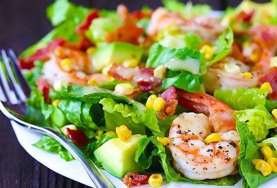 """[Mulheres Prendadas] """"Salada de camarão com abacate"""""""